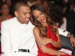 Rihanna achète un sextoy pour Chris Brown ? La photo qui fait le buzz